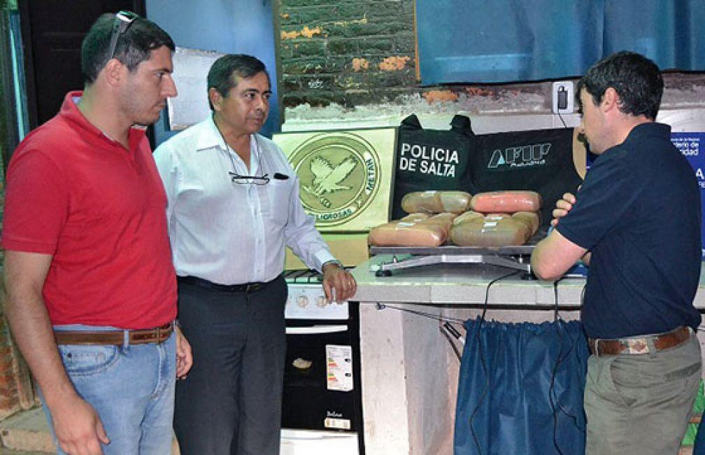"""""""La lucha contra el narcotráfico en Salta es cada vez más intensa"""""""