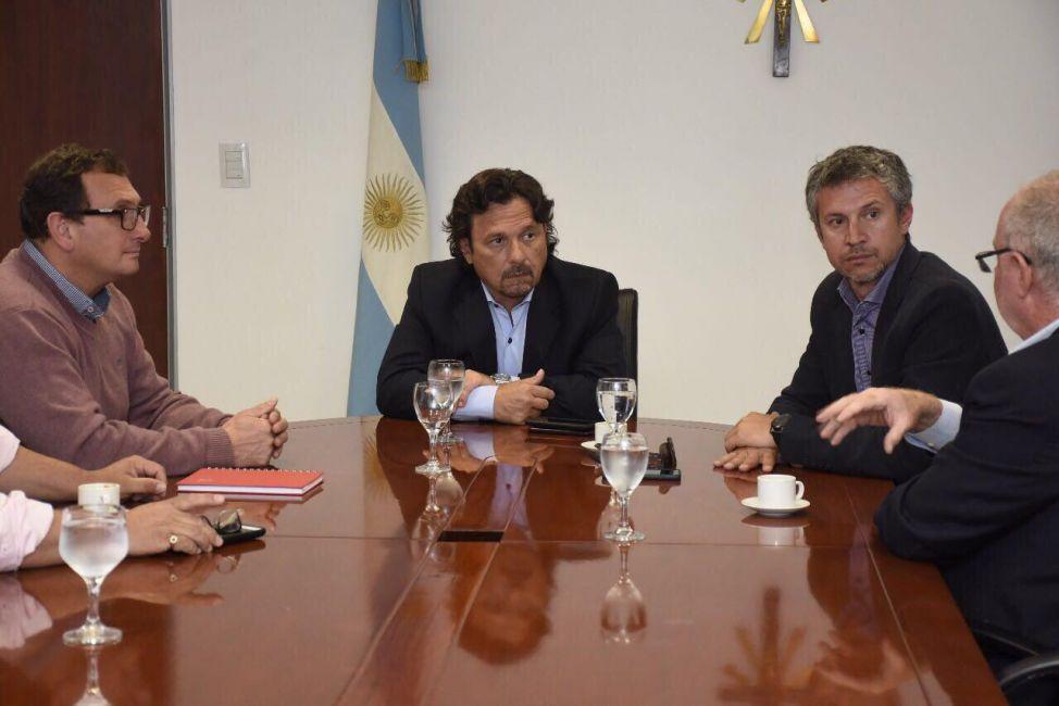 Sáenz recibió a las autoridades de la Cámara de Comercio Exterior de Salta