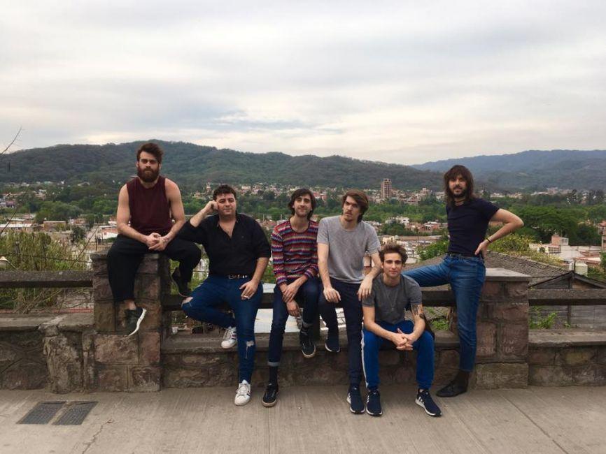 Un espectáculo imperdible: Indios se presenta hoy en Salta