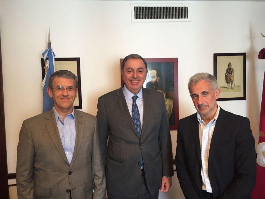 Rodolfo Urtubey se reunió con responsables de la AMIA