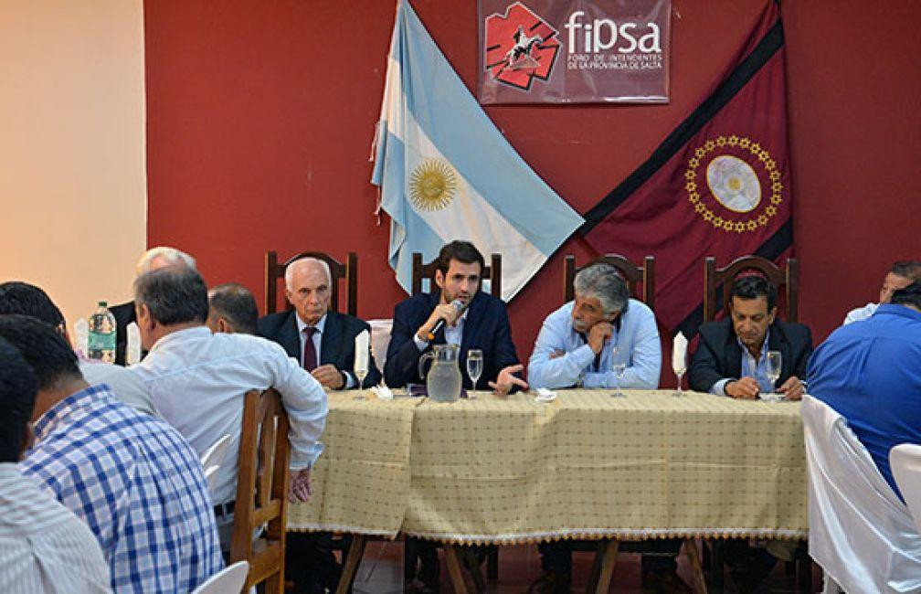"""Estrada: """"Está asegurado el pago de sueldos y aguinaldo en los municipios"""""""