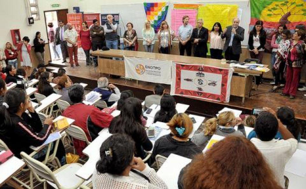 Cánepa destacó el rol del municipio en el desarrollo de las familias y cooperativas