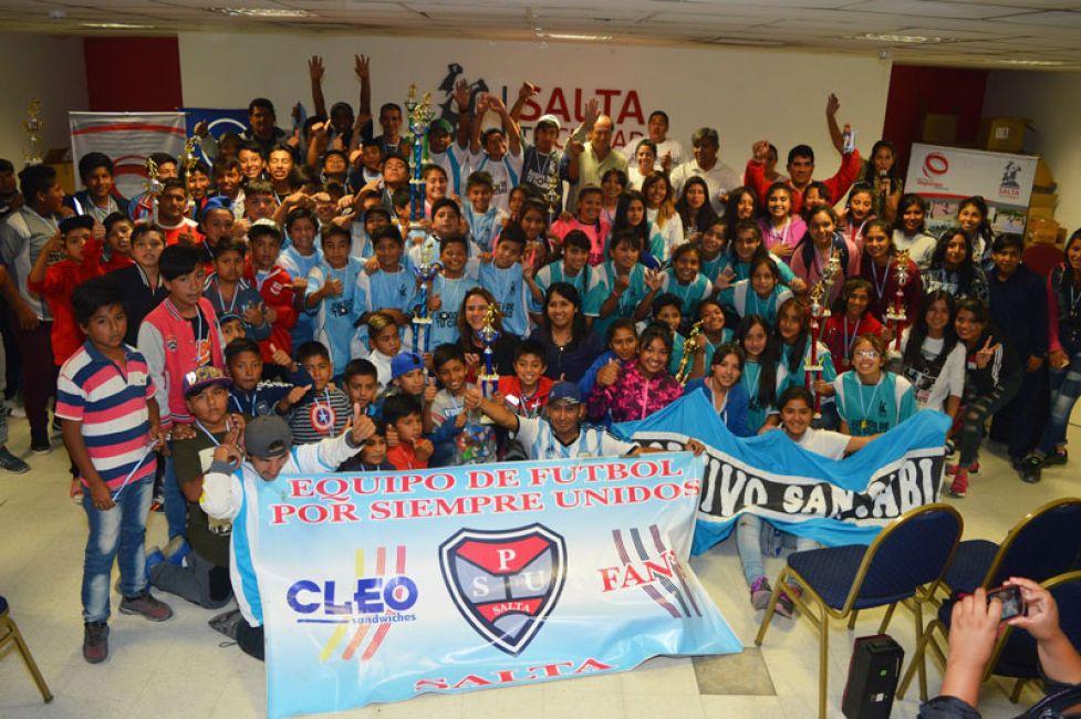 Más de 1500 futbolistas premiados por los Juegos Deportivos de tu Ciudad