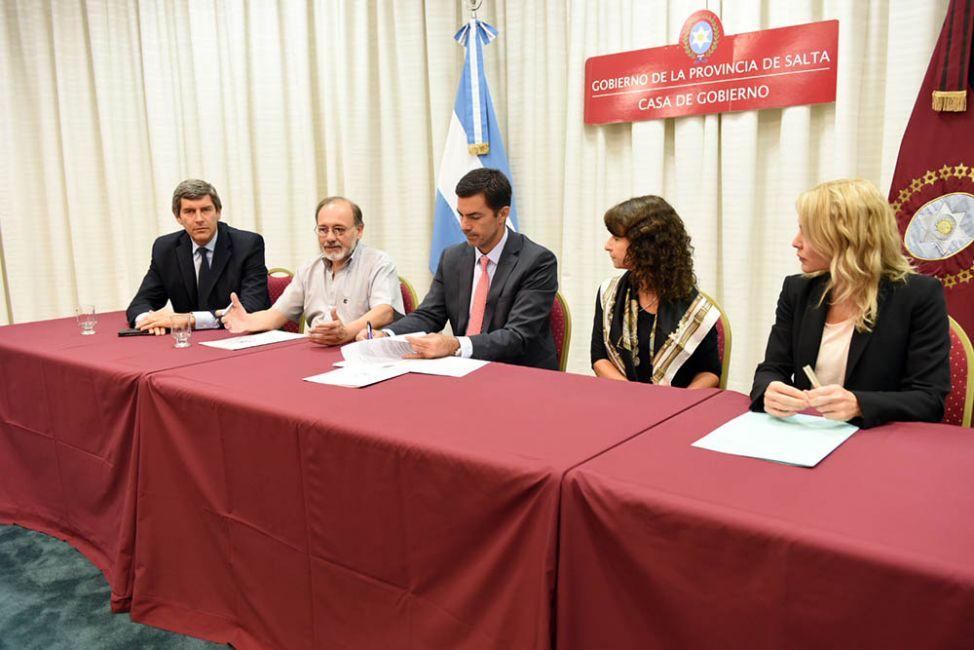 Junto a la Cámara de Comercio y Banco Macro, la Provincia lanza 3D+15
