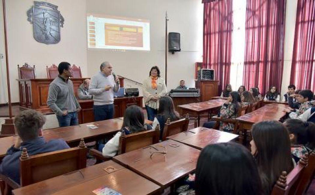Concejal por un Día: Mas de 30 alumnos del Instituto Modelo