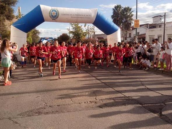 Más de 1500 personas participaron de la Maratón por el Día Internacional de la Mujer.