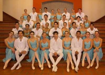 """El Ballet Clásico estrena la obra """"De los Palacios al Plata""""."""