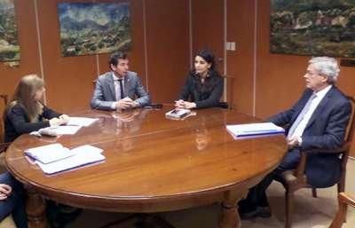 La ministra Cansino se reunió con el Presidente de la Corte de Justicia.