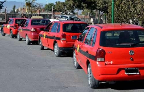 Regirá en la ciudad un nuevo cuadro tarifario para el servicio de taxis y remises.