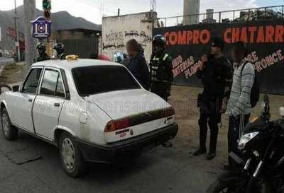 Interceptan un vehículo con cocaína.