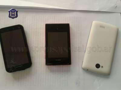 Recuperan celulares robados.
