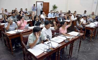 Ediles aprobaron la concesión por 4 años de los feriantes ubicados en el Paseo Beltrán.