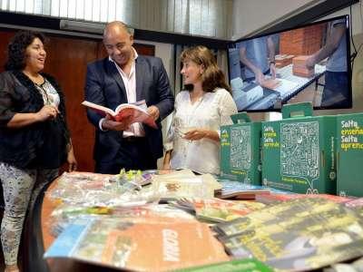Este año los módulos educativos incluirán libros de cuentos clásicos de la literatura.