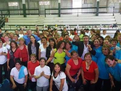 Más de 200 personas participaron de una movida aeróbica