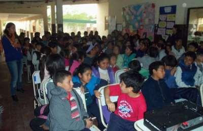 Seguridad capacitó a alumnos primarios sobre violencia escolar