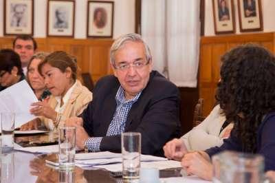 Diputados y representantes de partidos políticos analizaron la ley de paridad de género