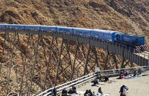El Tren a las Nubes canceló la salida de hoy por el corte en la ruta nacional 51