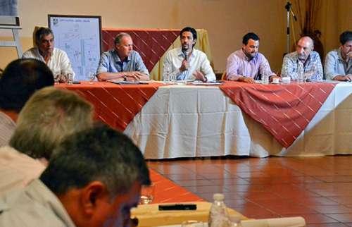 En Cachi se reunen funcionarios provinciales y municipales