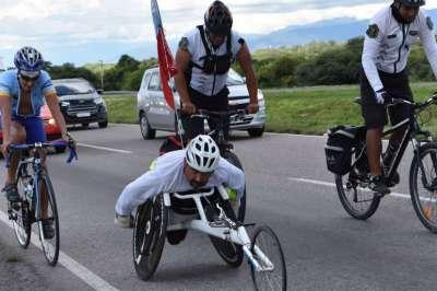 Para admirar: Travesía en silla de ruedas desde Jujuy a Salta