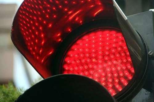 Avenida Paraguay: Secuestran camioneta de conductor prófugo