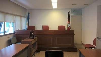 20 años de prisión para el hombre que abusó de su hija en un motel