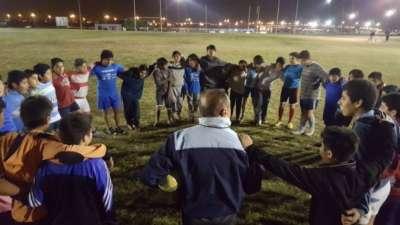 Gimnasia y Tiro donó indumentaria deportiva para 150 chicos