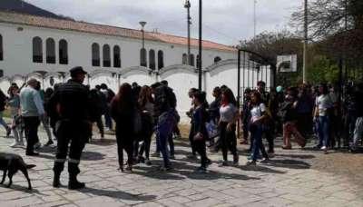 Amenazas de bomba: No declararon los jóvenes del Nacional