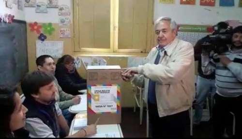 """El indio Godoy voto con """"mucha alegria"""" en estas elecciones legislativas"""