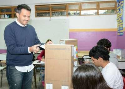 """Juan Pablo Rodriguez: """"Hay que votar, por suerte no hay demora"""""""