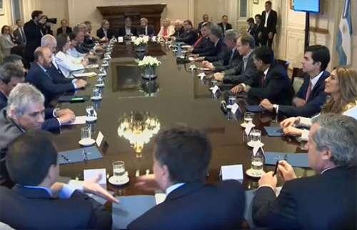 Urtubey consideró positiva la reunión de los gobernadores con el Presidente