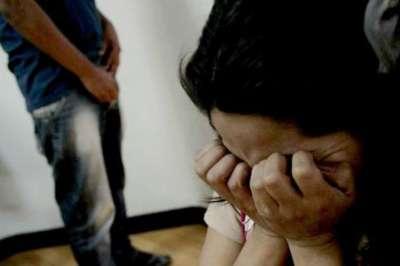 De terror: detenido por abusar de una amiga a punta de pistola