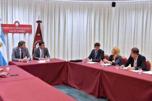 El Gabinete Económico analizó la situación del ingenio San Isidro