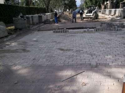 Más obras: siguen las tareas de adoquinado en San Luis