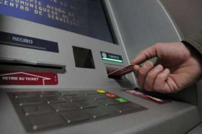 Cayeron dos extranjeros por intentar robar información de cuentas bancarias