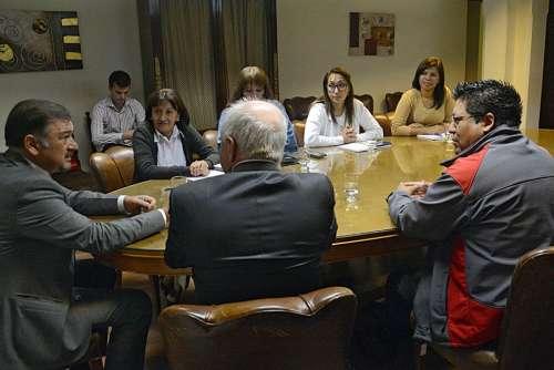Isa se reunió con docentes que dan apoyo a estudiantes de secundaria