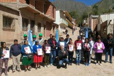 En Nazareno 10 familias recibieron la carpeta técnica de sus viviendas