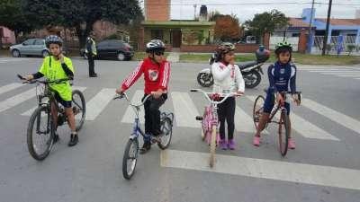 La ciudad cuenta con una Escuela de Triatlón infanto-juvenil gratuita para todos