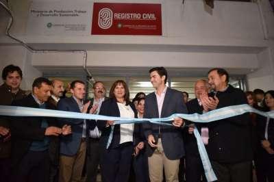 Urtubey inauguró las nuevas oficinas del Registro Civil en Tartagal