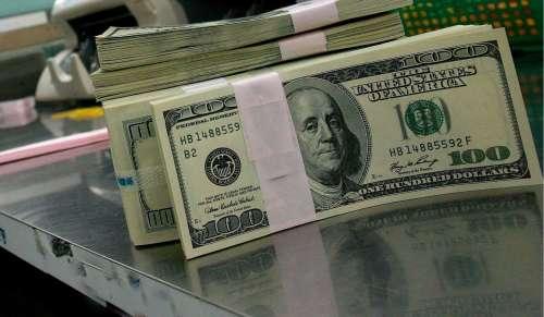 El dólar sube y se acercar a los $30