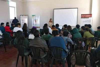 Estudiantes salteños conocen el Polo Integral de las Mujeres